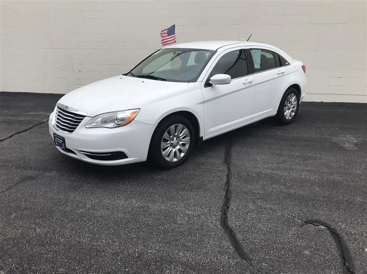 2014 Chrysler 200 LX