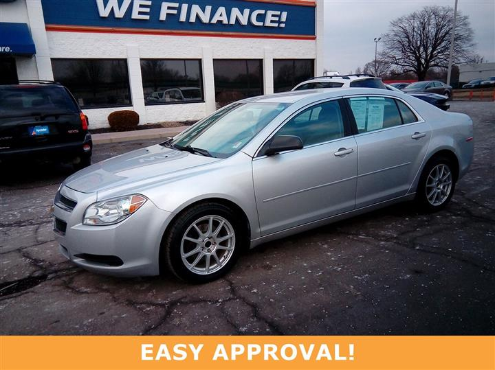 2011 Chevrolet Malibu:-):-):-P LS w/1LS