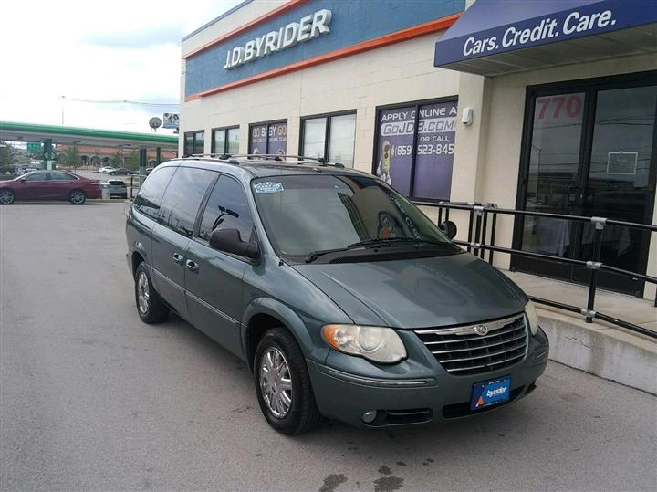 2007 Chrysler Town & Country LWB Limited