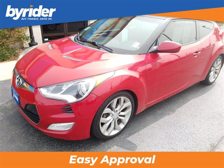 2013 Hyundai Veloster w/Red Int