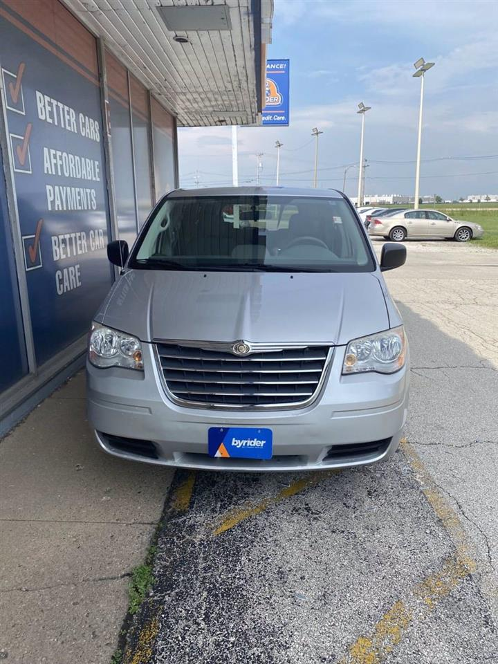 2010 Chrysler Town and Country LX