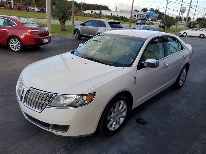 2011 Lincoln MKZ