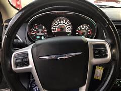 2013 Chrysler 200 Touring