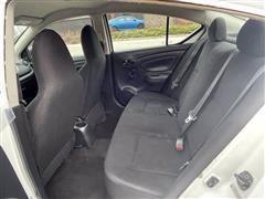 2014 Nissan Versa S Plus