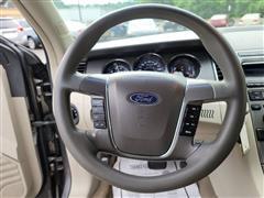 2012 Ford Taurus SE
