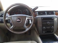 2008 GMC Yukon SLE w/3SB