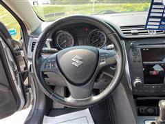 2011 Suzuki Kizashi SE