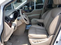 2012 Nissan Quest LE