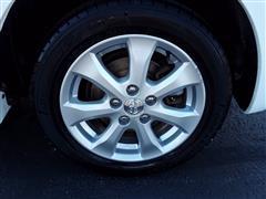 2009 Pontiac Vibe w/1SB